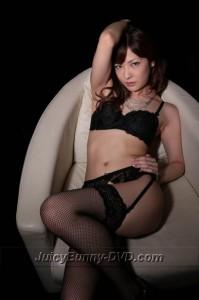 http://jbunnyplanet.com/gallery/SKY-232/nami_honda/index.html