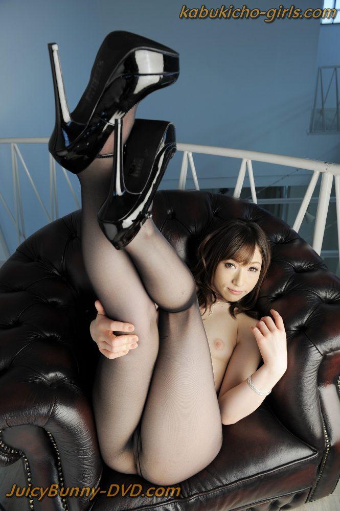 http://jbunnyplanet.com/gallery/BT-108/Nao-Aijima/index.html