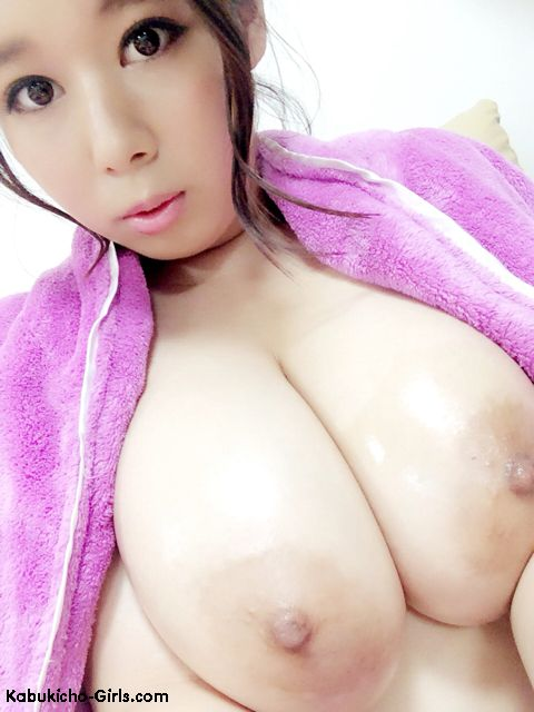 Shiori Tsukada, AV Idol, J-Cup, big tits, oppai, hardcore, blowjobs, handjobs, group sex, bukkake, Japanese, porn, DVD, downloads,