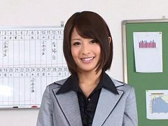 Yuuki Natsume Asian in office uniform shows sexy l...