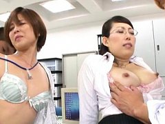 Satsuki Kirioka Asian and hot dame have cans sucke...