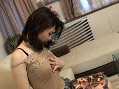 Japanese AV Model takes cans out of lace top and p...