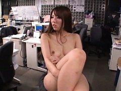 Japanese AV Model all naked is
