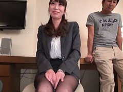 Japanese AV Model has naughty behind and crack tou...