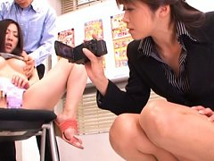 Maki Hokujo Asian is recorded by dame having cans...