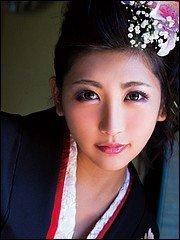 LaForet Girl 14: Yuna Shiratori