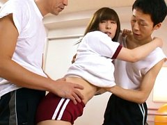 Mizuki Asian doll in sports outfit licks fellows n...