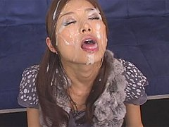 Japanese beauty Hara Sarasa is cum drunk
