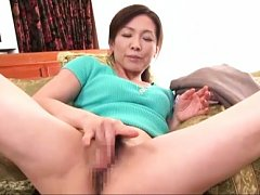 Mika Matsushita gets horny while cleaning and fing...