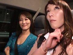 Japanese AV Model pleasing her good friend and jer...