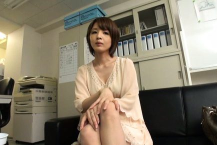 Yukina Asian doll shows sexy legs and hot cleavage...