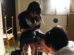 Ruka Kanae Asian is tied in ropes and gets vibrato...