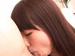 Teen Minami Hirahara blowjobs a dick of an elder l...