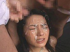 Sae Mizuki Asian has face all covered in cum recei...