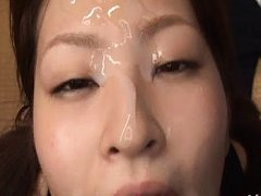 Ichika Kuroki Asian gets cum on face and collects...
