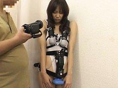 Natsumi Horiguchi gets horny in public being sexua...