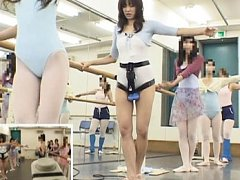 Natsumi Horiguchi gets very horny as her clit is t...