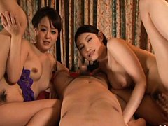 Anju Natsuki Asian and babe have slits rubbed and...