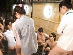 Japanese AV Model and chicks all naked are kissed...