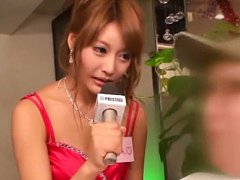 Japanese AV Model and gals give interview while st...