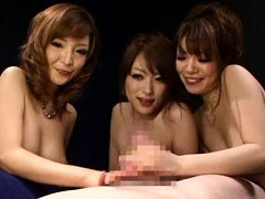 Japanese AV Model and dolls with big hooters suck...