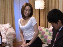 Marina Matsumoto Asian shows cans in bra to hunk a...