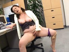 Chizuru Iwasaki Asian with big chest rubs clit til...