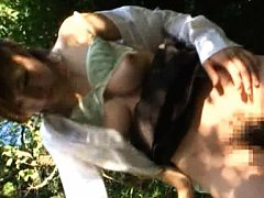 Japanese AV Model goes and pees in the forest in a...