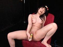Hina Maeda Asian gets pleasure from vibrators on p...