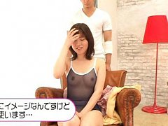 Yurina Ayashiro takes clothes off remaining in see...