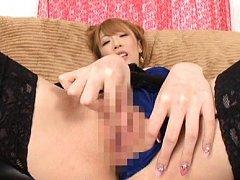 Aya Kisaki Asian shows hot ass while rubbing her t...