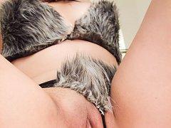 Aika Hoshino Asian with vibrator in pussy sucks th...