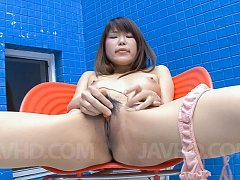 Yuuno Hoshi Asian fingers her vagina on and on til...