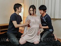 Naomi Sugawara with juicy tits rubs cock while giv...