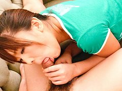 Maki Sakashita Asian sucks boner and teases it wit...