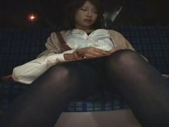 Kotone Amamiya sleeps on the car back with legs in...