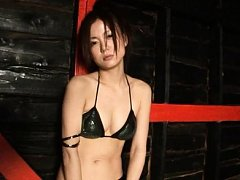 Fujii Rikarika Asian in bra and ripped stockings p...