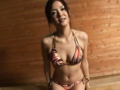 Fujii Rikarika Asian is very attractive while enjo...