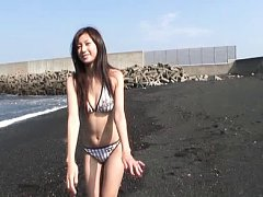 Harumi Kawasaki Asian in bath suit is sexy and nau...