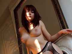 Sensual gravure idol hottie shows off her deliciou...
