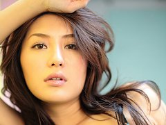 Gorgeous asian idol is to die for with her perfect...