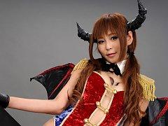 Sayuri Ono Asian is warrior in long boots exposing...