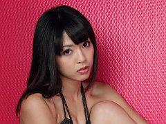 Sakura Sato Asian on heels is good at showing curv...