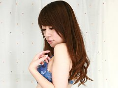 Yuuka Hasebe Asian plays with her nasty cans in bl...