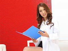 Reika Miki on heels and in short skirt is doctor w...