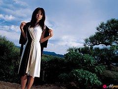 Sayaka Ogata Asian shows sexy legs in fascinating...