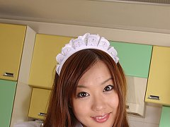 Miyu Hoshino Asian shows nasty behind under very s...