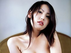 Cute gravure idol taking it all off and showing he...