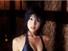 Alluring asian beauty intices with her big boobs a...