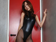 Long legged asian goddess in black pantyhose and a...